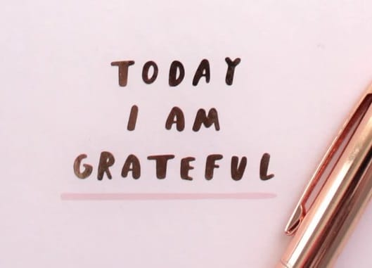 grateful vs thankful featured image