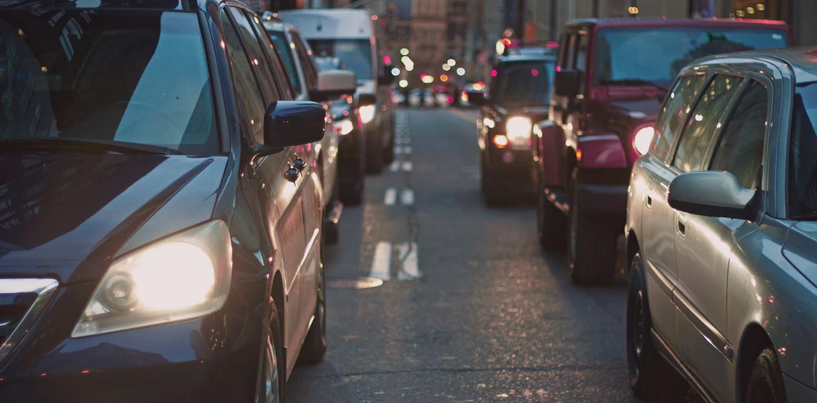 Being stuck in traffic doesn't have to cause unhappiness