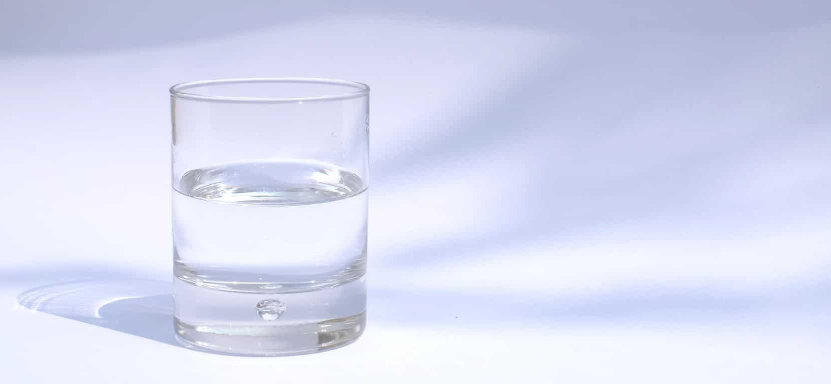 glass half full optimism how to not let things bother you