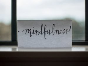 mindfulness examples happiness featured image