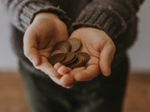 can happiness be achieved without money featured
